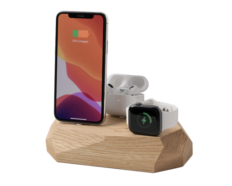 iphone triple dock oak oakywood 3