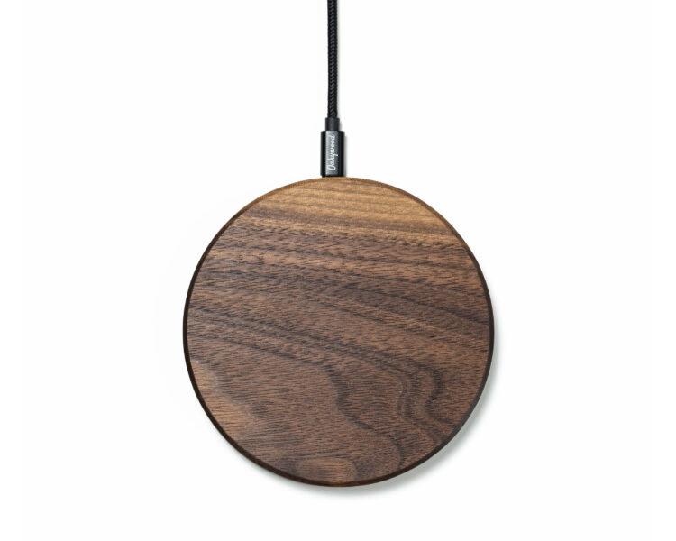slim wireless charger oakywood walnut 1