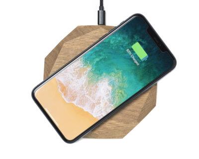 wireless charger geometric oak oakywood 1
