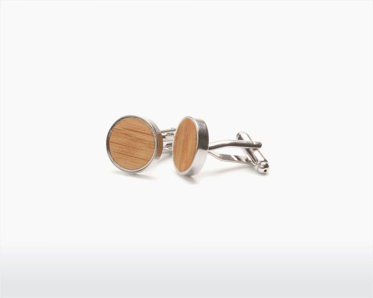 wooden cufflinks straight oak two o on wooden amsterdam webshop.jpg