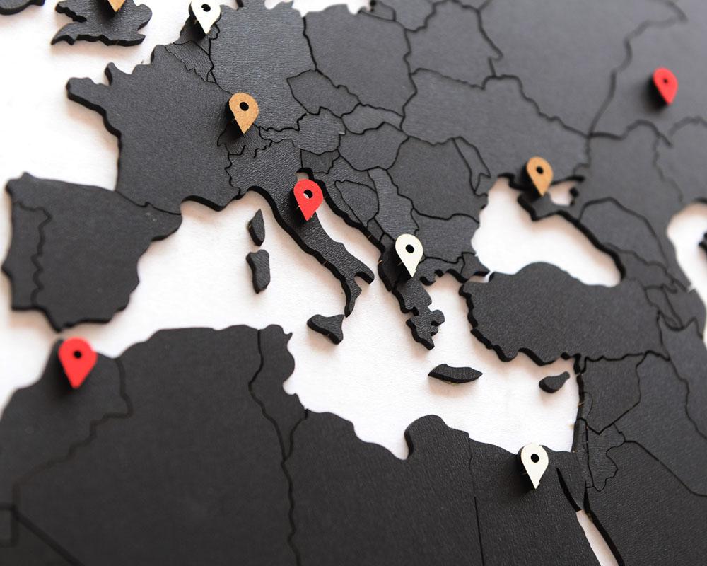 mimi true puzzle black 2.jpg