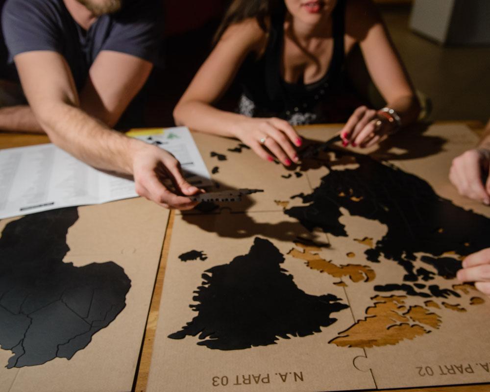 mimi true puzzle black 3.jpg