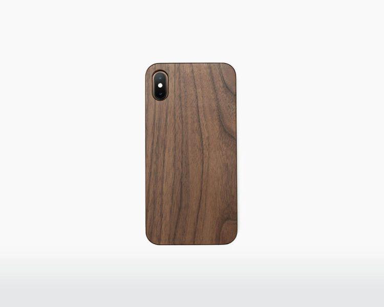 wooden classic iphone xs max case oakywood walnut on webshop wooden amsterdam.jpg